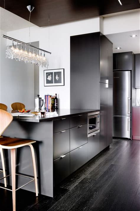 Modern Kitchen in Red and Charcoal   Interiors By Color
