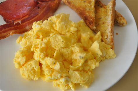how to make really scrambled eggs jims microwave scrambled eggs recipe food