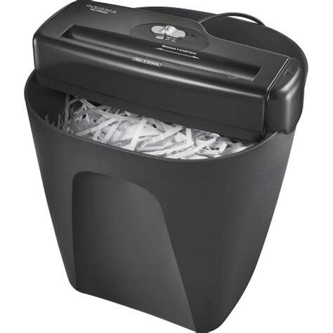 best buy insignia portable shredder only 7 99 shipped insignia 6 sheet stripcut portable shredder only 9 99