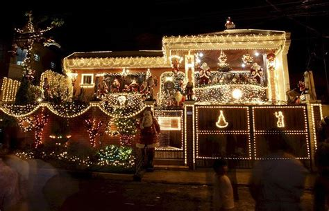 best house decorations top 10 biggest outdoor christmas lights house decorations