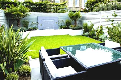 28 Garden Design For Small House Decor23