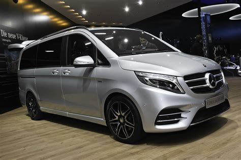 Mercedes V Class by New Mercedes V Class Takes Some Amg Fashion Lessons