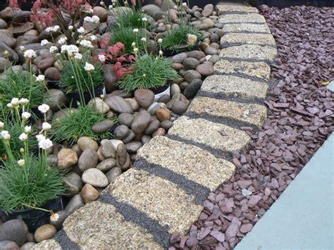piedra para jardines las arenas y gravillas m 225 s adecuadas para decorar jardines