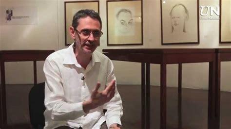 libro trptico de la infamia pablo montoya recibe el premio r 243 mulo gallegos por su tr 237 ptico de la infamia youtube