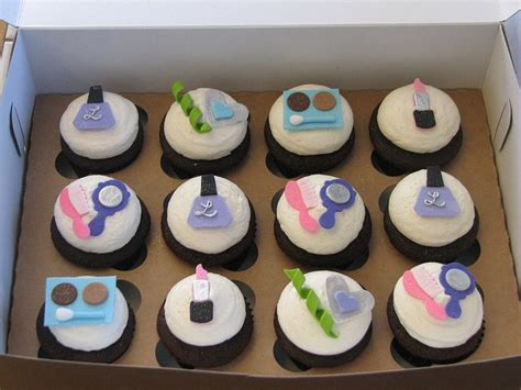 makeup cupcakes ideas  pinterest makeup cakes mac cake  makeup birthday cakes