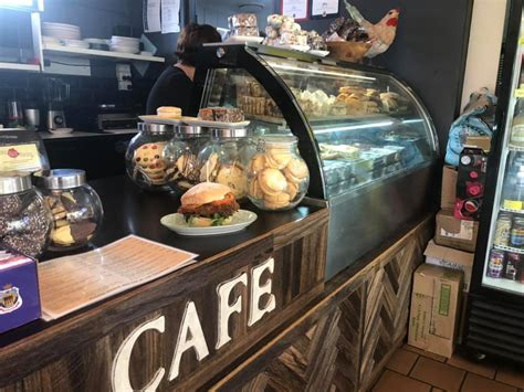 red pantry    reviews coffee shop