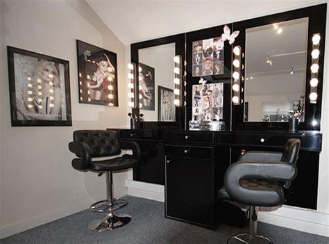 Harga Pac Professional Make Up Kit New Edition makeup studio interiors makeup vidalondon