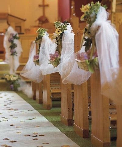 do it yourself wedding decorations for church 20 decorations to highlight your walk the aisle