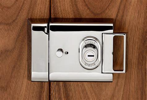 importance  changing front door locks