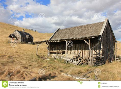 old log barn stock photos image 16113943 old log barn and house with sky stock images image 21625384