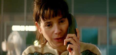 film yang misterius the phone call telepon misterius yang bisa mengubah