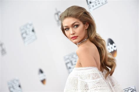 gigi hadid hairstyles gigi hadid s hairstyle at the amas 2016 allure