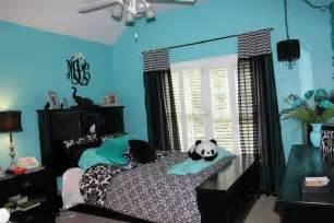 blue teenage girl bedroom