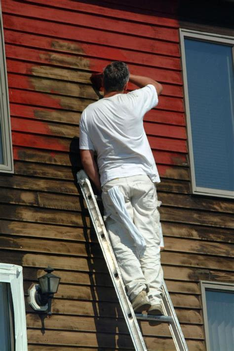 how to paint a house how many coats of paint for house exterior painters
