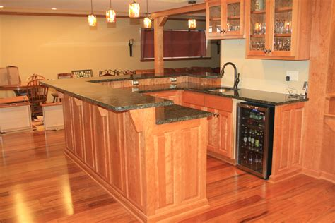 Bar With Granite Top by Paramount Granite 187 Add A Sense Of Balance And