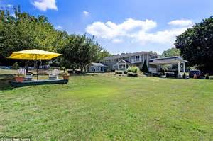 jordan belfort house wolf of wall street country estate in long island puts it up for sale for 4m daily