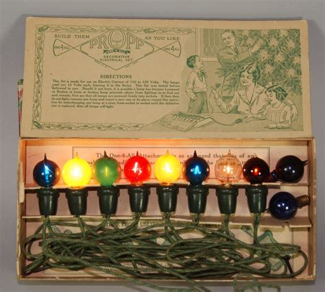 vintage christmas lights golden glow