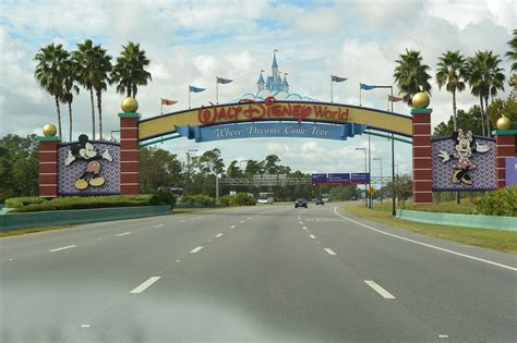 theme park orlando getting around the orlando theme parks the trusted traveller