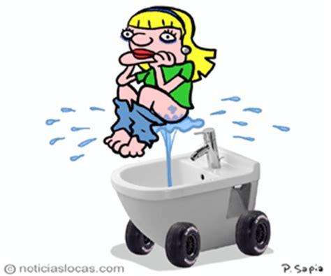 bidet gif inventan ducha port 193 til para limpiar las partes intimas