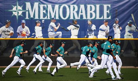 strides a look at mariners day 8