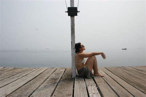 film hot lativi foto wulan guritno berbikini terbaru foto sexy artis
