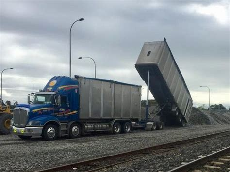 wooden kenworth truck bill td haulage run a fleet of bulk bin truck trailer