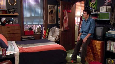 Here S How Much The Apartment On How I Met Your Mother Himym Beds