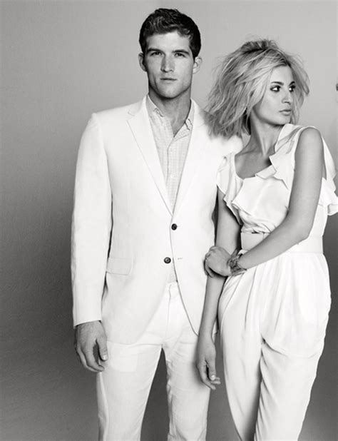 how to wear a white suit for your wedding brides how to wear a white suit everyguyed