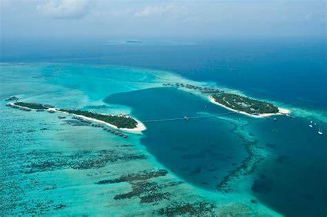 maldives ringali island conrad underwater restaurant part ithaa the underwater restaurant in the maldives just
