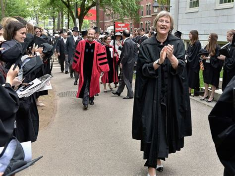 Harvard Mba Graduation 2015 by Harvard Tackles Gender Discrimination By Targeting Single