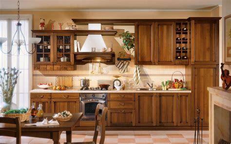 arredo cucine classiche cucine in legno la qualit 224 in cucina cucine moderne