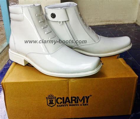 Sepatu Pdh Ciarmy Type C 02td sepatu pdh putih type c 03p dany 081802060232 pin bb
