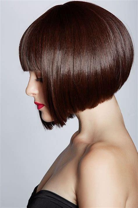 cutting a beveled bob hair style bob frisuren die moderne kurzhaarfrisur freshouse