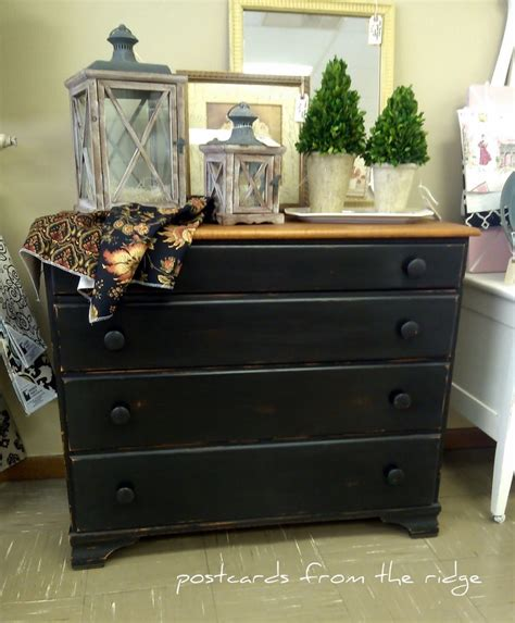 Painting A Dresser Black by 1000 Ideas About Black Painted Dressers On