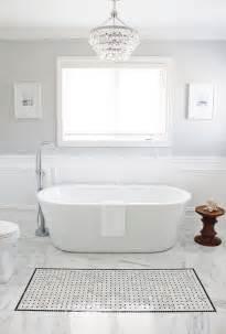 2017 bathroom tile trends 10 best bathroom tile flooring trends for 2017 homeyou