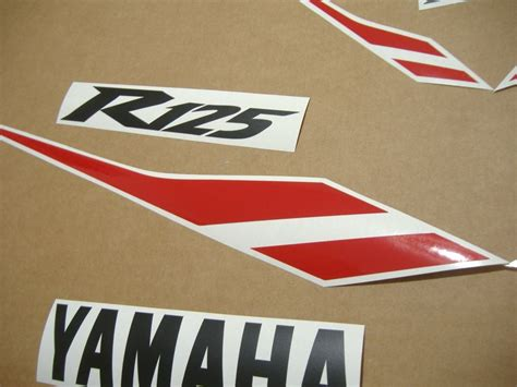 Stickers Yamaha Yzf R125 by Yamaha Yzf R125 2012 2011 Decals Set Kit Black