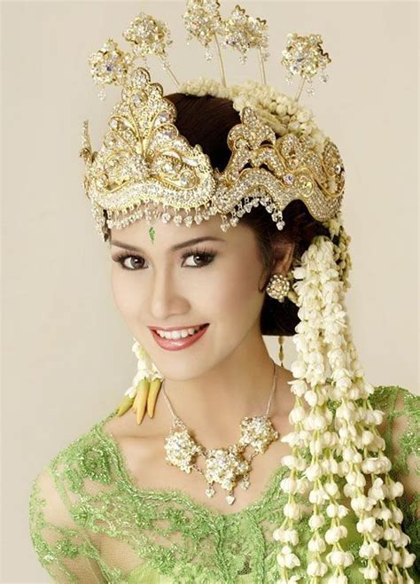 indonesian brides 17 best images about indonesian traditional wedding