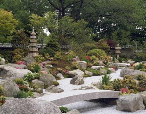 How To Make Rock Garden How To Build Rock Garden Interiorholic