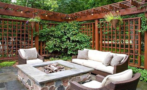 Useful Tips For Designing Garden Pergolas And Gazebos Garden Pergolas And Gazebos