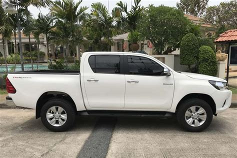 rent a car toyota car rental toyota new hilux 2017 in pattaya