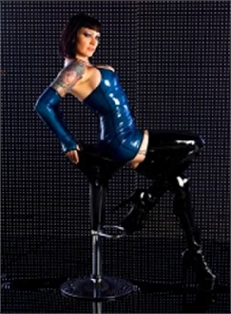 rebeccas rubber room where professional models meet model photographers modelmayhem