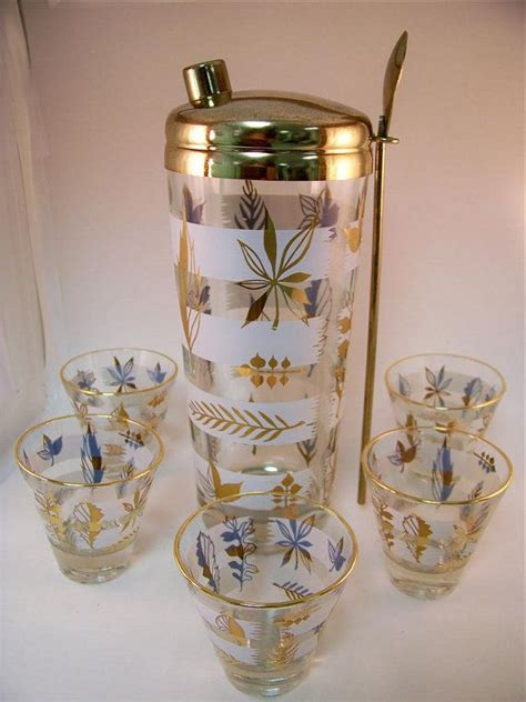 cocktail shaker set mad men vintage cocktail shaker set incl glasses gold