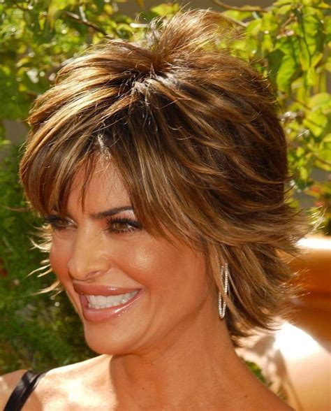 what kind of product for lisa rinna hair wild and glamorous hairstyles inspired by lisa rinna