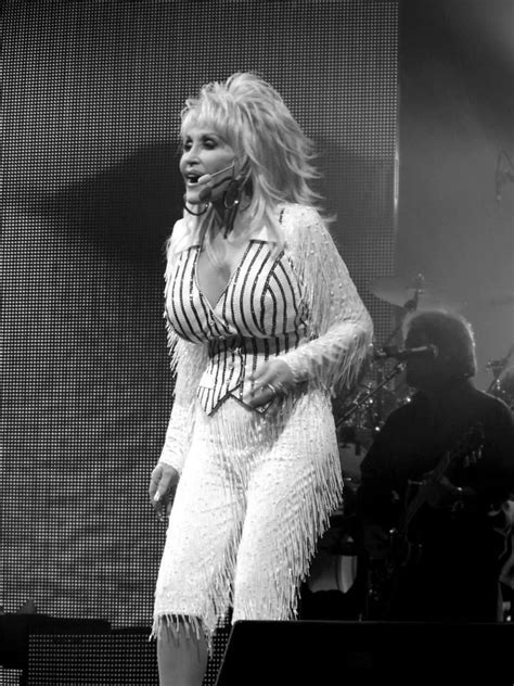 Photo Shoot Hello Dollie by 364 Best Images About Dolly Parton On