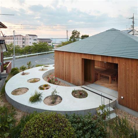 Roda Japan House by Uma Casa No 227 O Onde O Jardim 233 O Astro Principal Casa