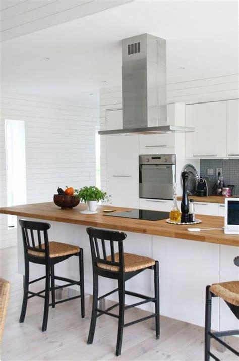 Charmant Bar Plan De Travail Cuisine Americaine #7: cuisine-blanche-et-bois-cuisine-blanche-plan-de-travail-bois-1.jpg