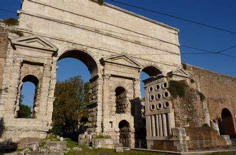 roma porta maggiore roma porta maggiore lazio italia reperto roma
