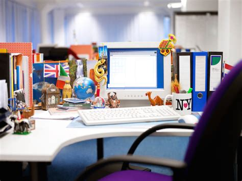 Office Desk Knick Knacks 8 Pro Tips For National Clean Your Desk Day