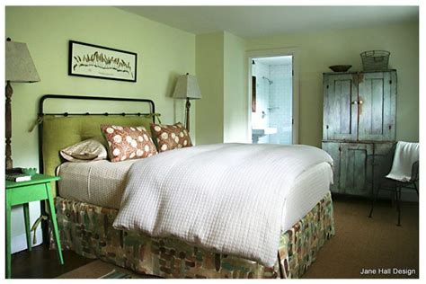 country style bedroom   soft  airy celery green