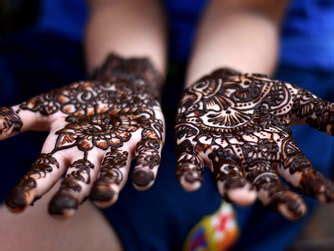 henna tattoos gefährlich die vorteile und gefahren eines henna tattoos
